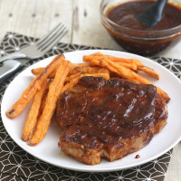 Easy Skillet-Barbecued Pork Chops